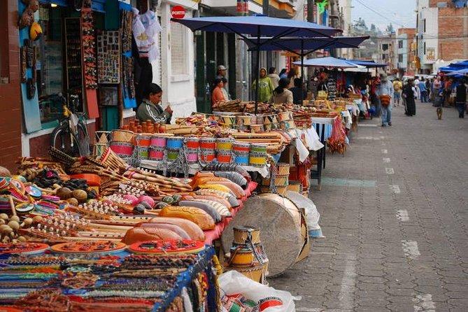 Otavalo private tour Indigenous market + Peguche + Quitsato