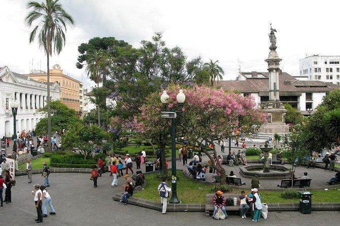Dia inteiro privado Quito; Cidade velha + Mitad del Mundo + Pululahua