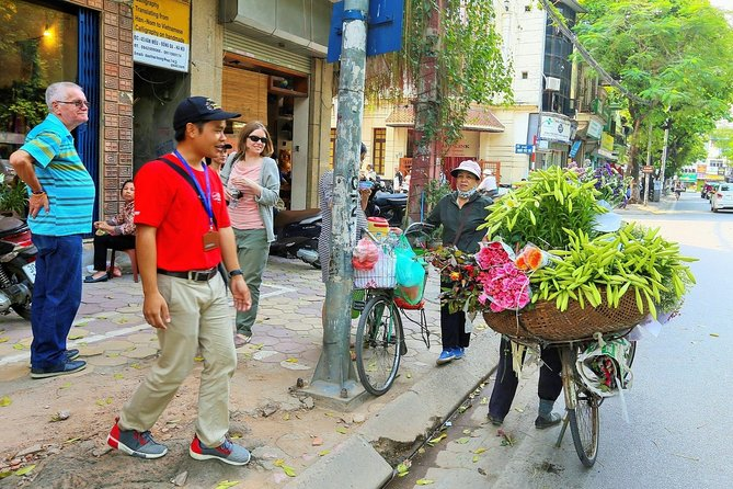 Half-Day Morning Tour of the Highlights in Hanoi with Lunch