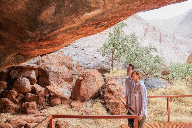 Uluru Half-Day Tour: Aboriginal Rock Art, Optional BBQ Dinner
