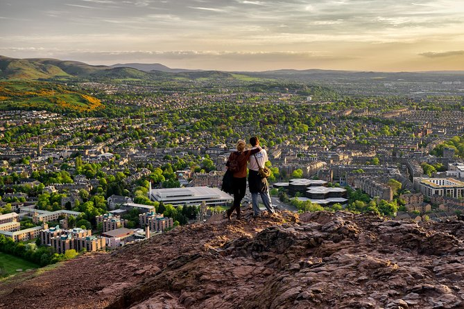 Explore Edinburgh On A Half-Day Tour With A Local: Private & Personalized