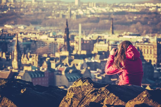 Escape The Airport: See Edinburgh On Your Layover