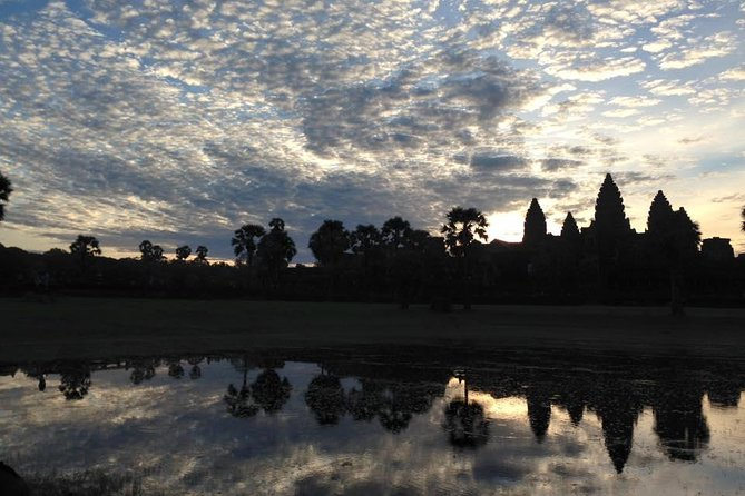 One day Angkor temple with sunrise photo 10