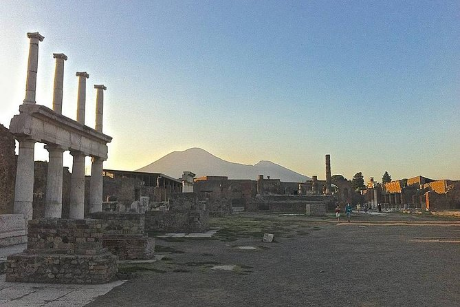 Pompei Guided Tour at Sunset photo 7