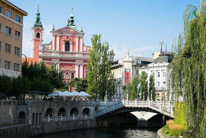 Private transfer from Rijeka to Ljubljana