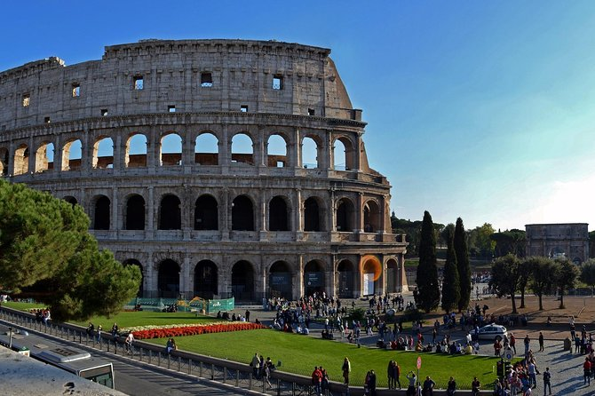 ROME: Colosseum very fast access + daily ticket Hop-on Hop-Off bus
