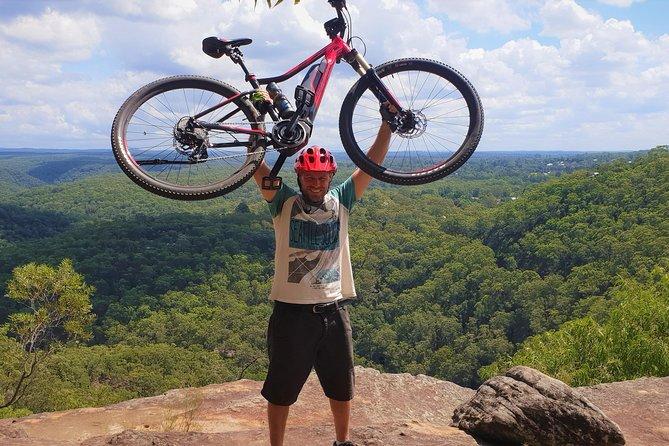 Blue Labyrinth Tour: Sydney Blue Mountains by E-Bike