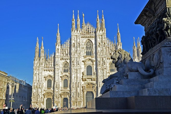Milan Super Saver: Skip-the-line Duomo and Rooftop Tour