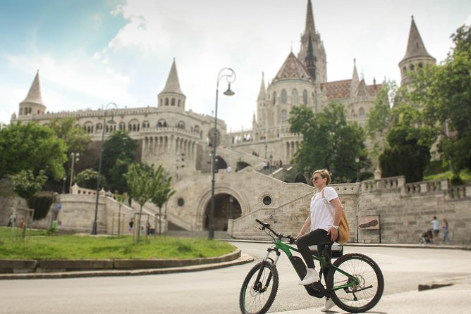 'Top of Buda' Small Group Tour with E-Mountain Bikes photo 9