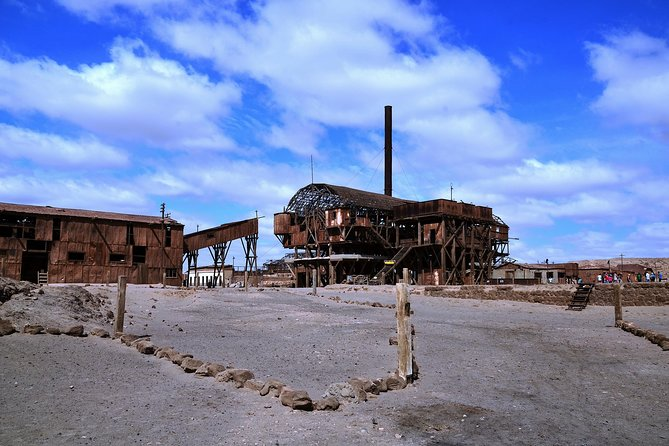 Half day Ghost Towns Salitreros - Iquique
