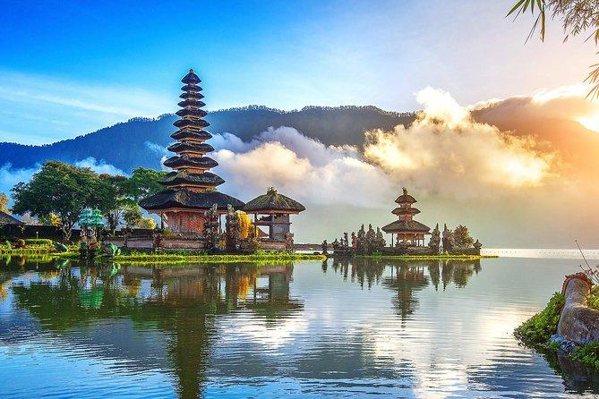 Beratan Lake Temple Bali Tour