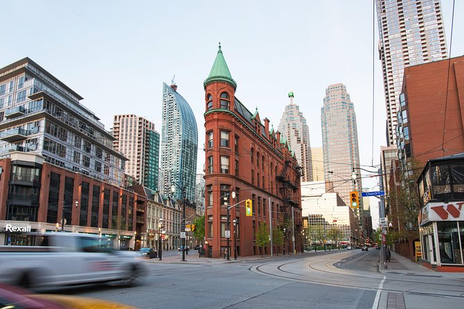 Half Day Private Guided Toronto Vehicle Tour