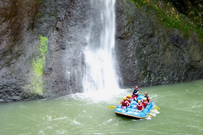 White Water Rafting Pacuare River From Puerto Viejo