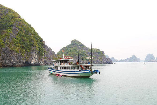 Halong Bay One Day Tour from Hanoi with Visiting Thien Cung Cave