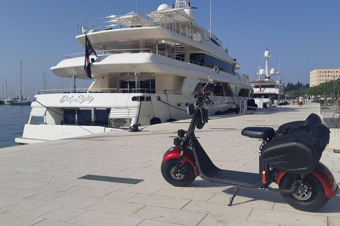 Unique routes on electric scooters-Around the Marjan hill