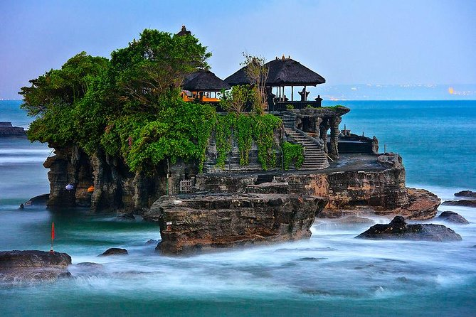 Tanah Lot-Jatiluwih-Beratan Temple-Banyumala Waterfalls-Private Tour