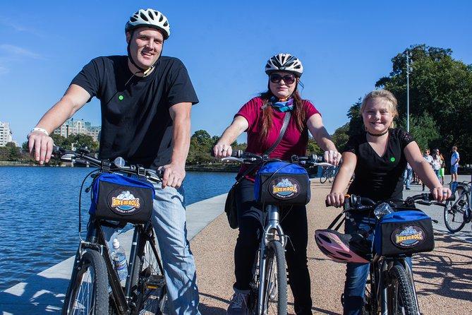 Private Group Monuments & Memorials Bike Tour