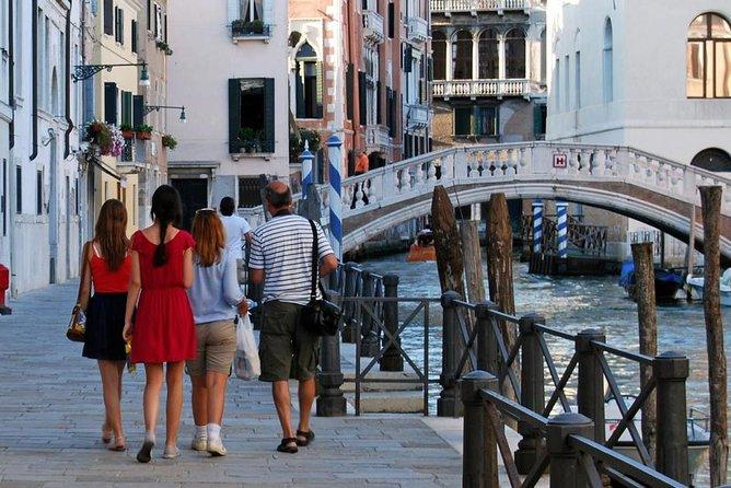 Public Tour: Wandering Around Venice
