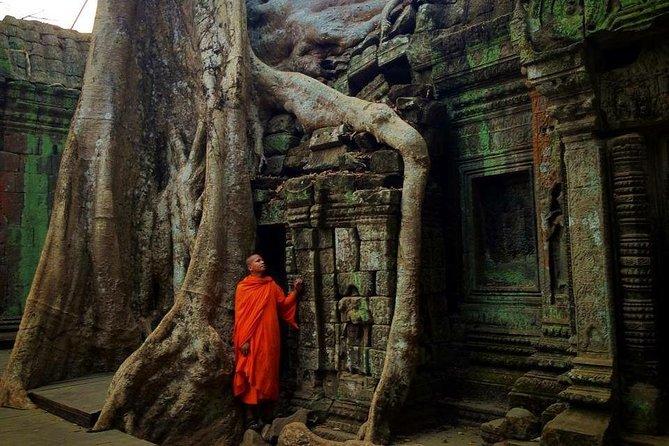2 Day Tours Sunrise Angkor Wat, Bayon, Ta Prohm, Kompong Khleang & Beng Mealea