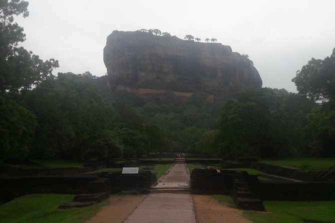 3 Day Privet Tour To Kandy & Sigiriya From Colombo