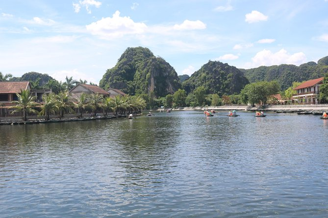 Ninh Binh 2 Days Explore Rural Villages, Cycling, Tam Coc, Trang An,Bai Dinh,mua photo 8