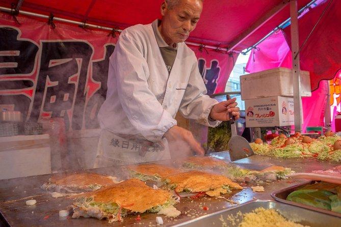 Visite gastronomique de rue d'Osaka avec un gourmet local: privé et 100% personnalisé