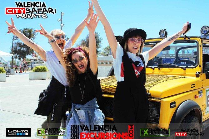 Valencia: City Tour im eigenem Jeep ANGEBOT 3+1 gratis