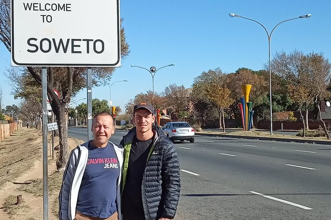 Soweto sunset tour + Township Dinner