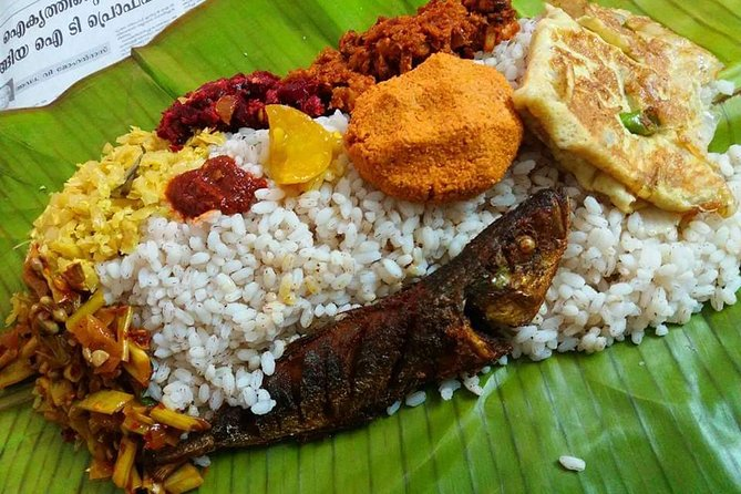 Cooking and Dining Experience with an Indian Family in Trivandrum