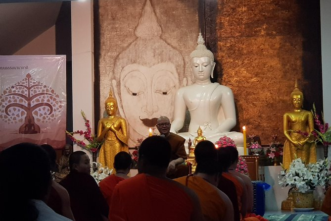 Private Tour: Thai Culture& Experience with Buddhism