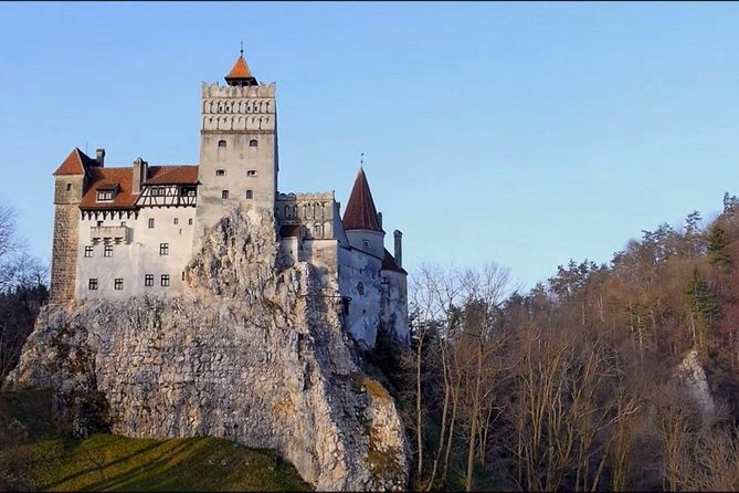 Day Tour to Bran Castle(Dracula's Castle) and Râșnov Fortress