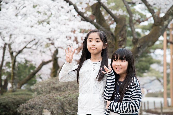 Family day in Yokohama with a local: private & personalized photo 9