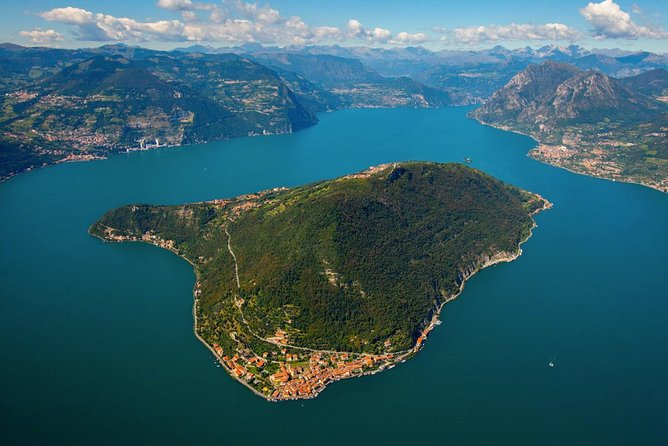 Lake Iseo & wine tasting private guided tour