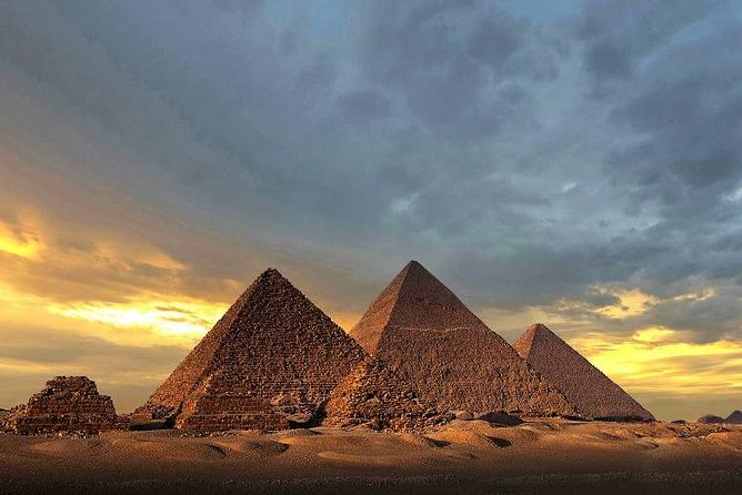 Giza pyramids and the Egyptian museum