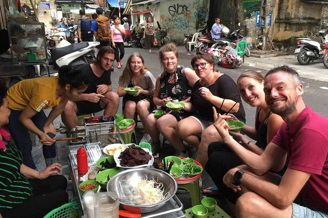 Hanoi: Small Group Street Food Walking Tour By Night photo 2