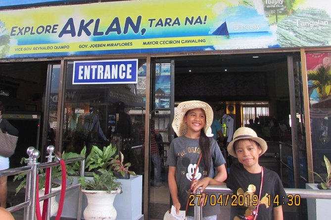 Caticlan Airport to Boracay Island All-Inclusive Transfer photo 14