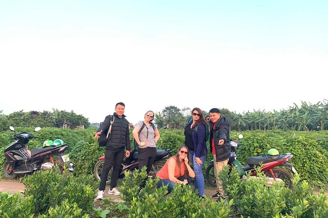 5 Hours Hanoi Motorbike Tour with Local Guide around City Center & Countryside