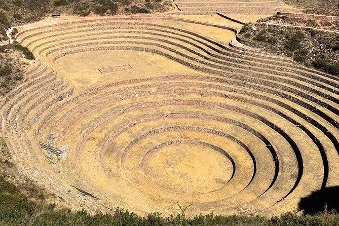 Visit the Salinas de Maras and Andenes de Moray in Half Day