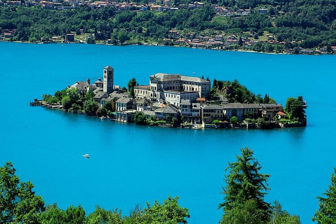 Lake Orta private guided tour photo 30