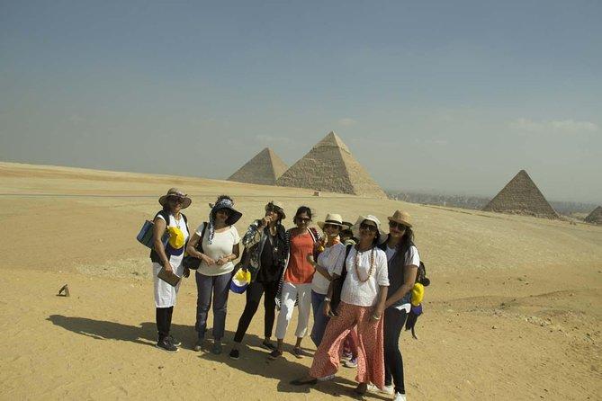 Giza Pyramids layover tour