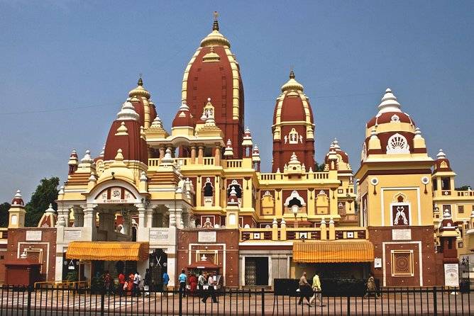 One day private temple tour of delhi In car including lunch