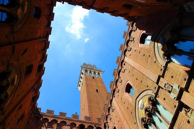Private Day Tour of Tuscany from Rome with own driver