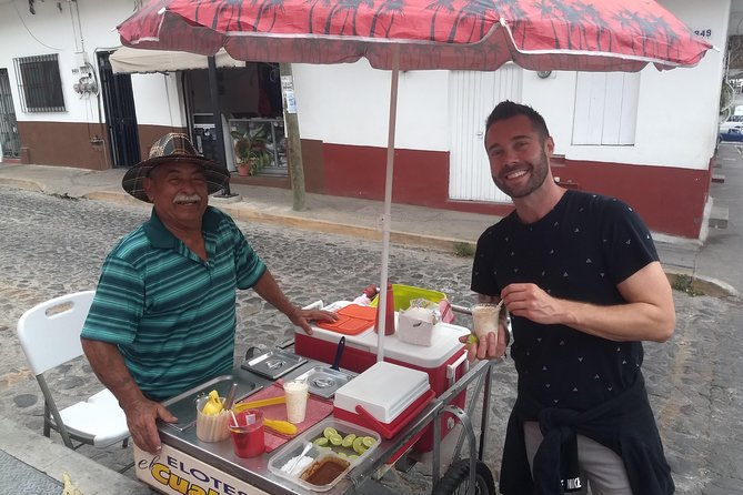 Two experiences in one: Sunset Walking City Tour & Street Food