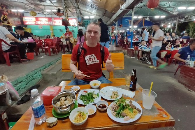 Saigon Night Street Food Tour (Bike The Night) photo 5