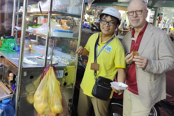 Saigon Night Street Food Tour (Bike The Night) photo 2