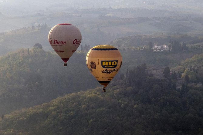 Private Tour: Tuscany Hot Air Balloon Flight with Transport from Siena