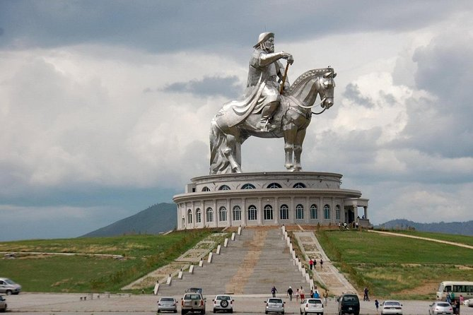 Chinggis statue &Terelj National park < Day trip>