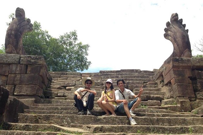 1-D adventure tour to Preah Vihear and Koh Ker temple