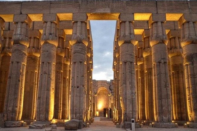 Day Tour to The East & West Bank of the Nile of Luxor