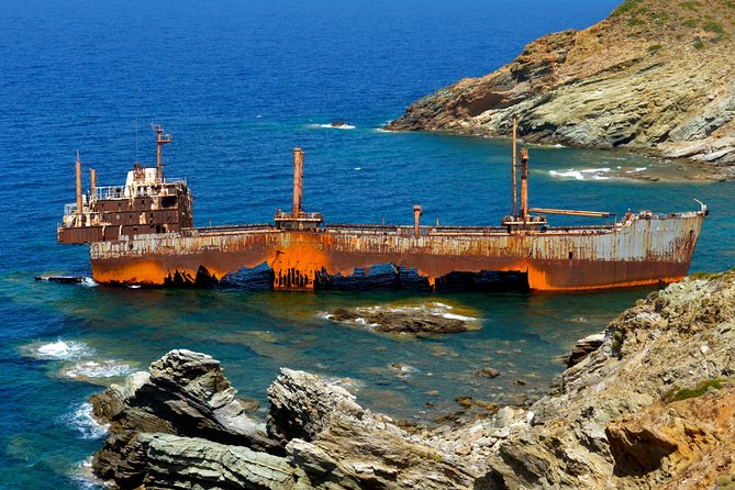 Vori beach and shipwreck tour